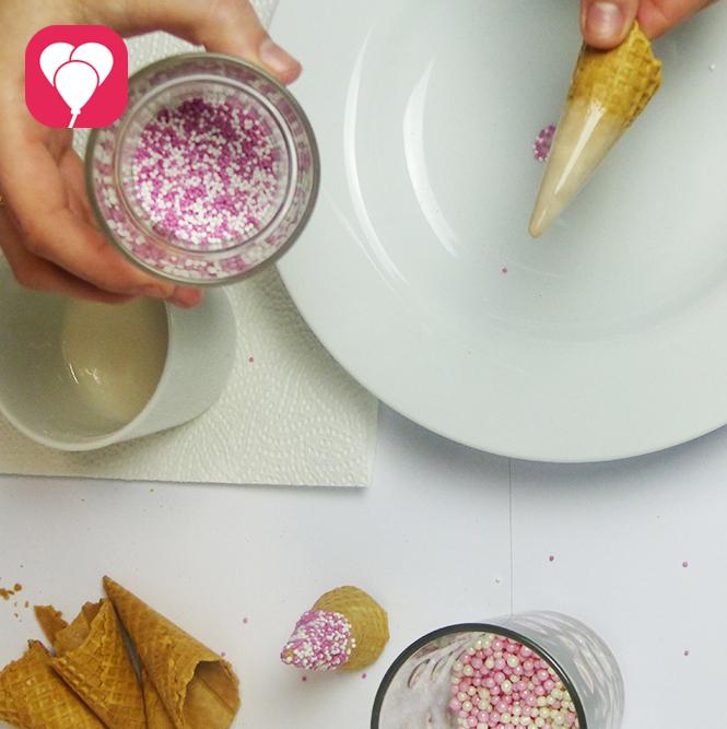 Waffeln dekorieren Einhorn Cupcakes