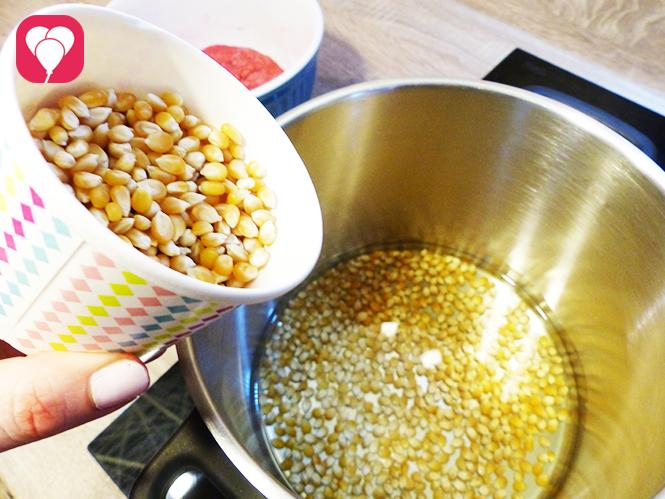 buntes Popcorn selber machen im Topf