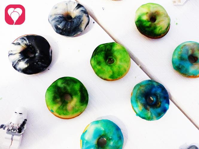 marmorierte Star Wars Donuts selber machen glasieren