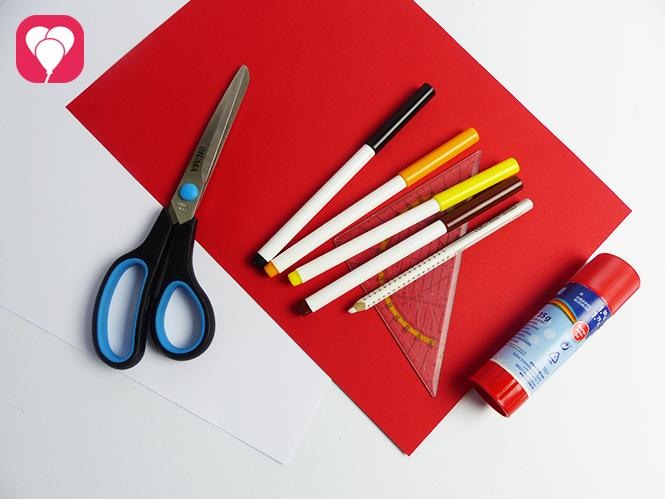 Pferde Geburtstag - Material fuer DIY Pferdestall Einladung