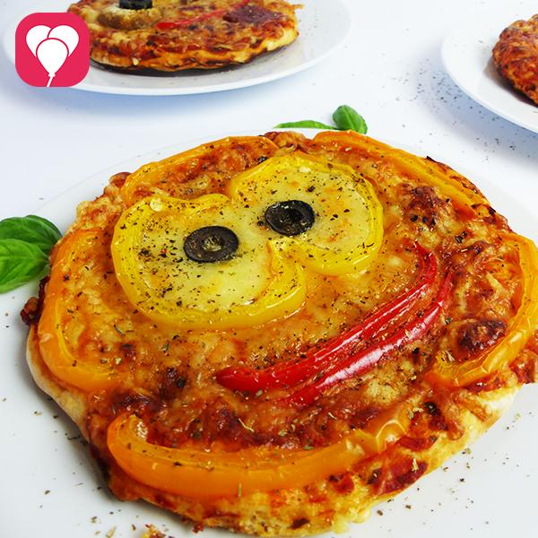 Emoji Pizza backen