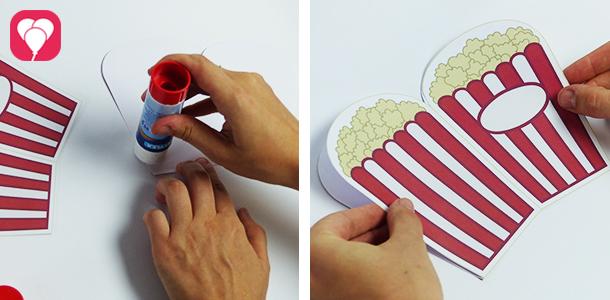 Popcorn Einladung - Innen- und Aussenseite zusammenkleben