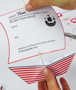 Piratenschiff Einladung - Schritt 6