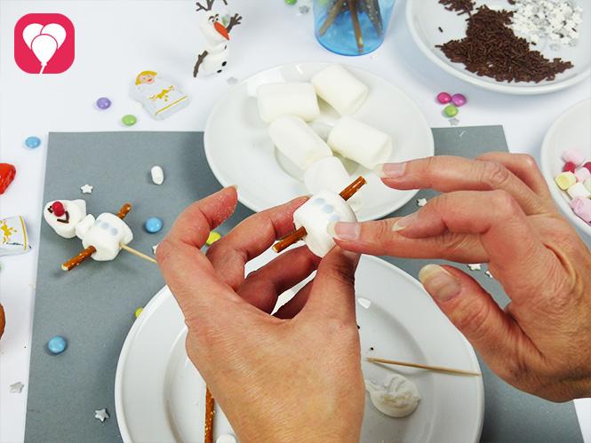 Olaf Muffins - Marshmallow dekorieren