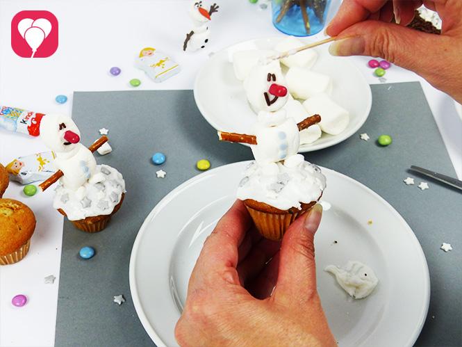 Olaf Muffins aus Marshmallows