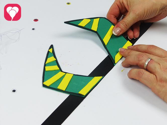 faschingsmasken basteln monster maske mit harnern fuer fasching geburtstag im kindergarten