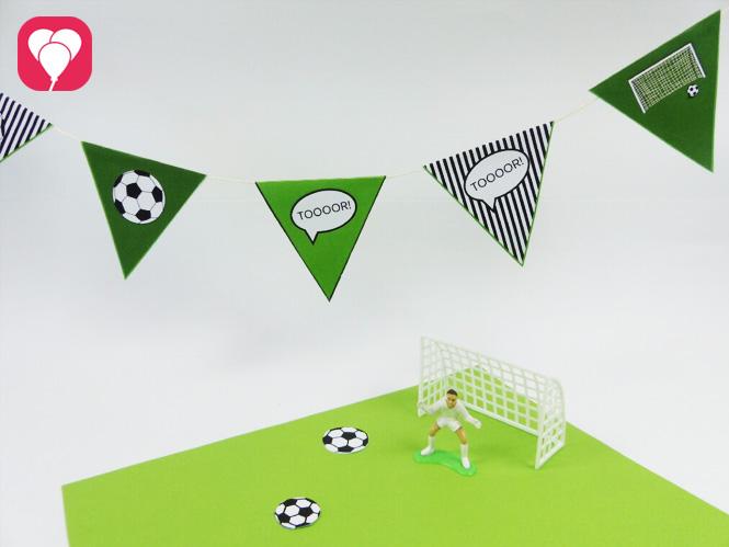 Fußball Geburtstag - Deko für Kicker - Wimpelgirlande