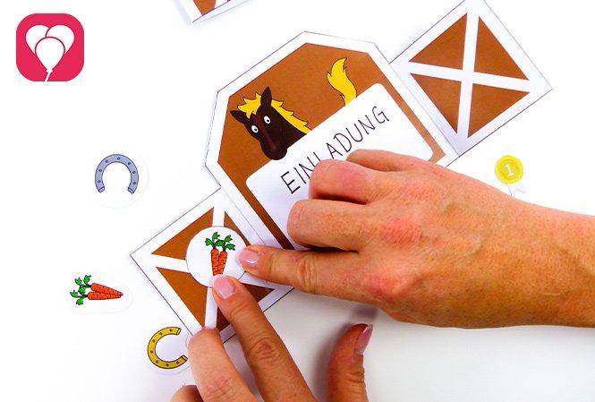 Pferde Einladung basteln - Sticker