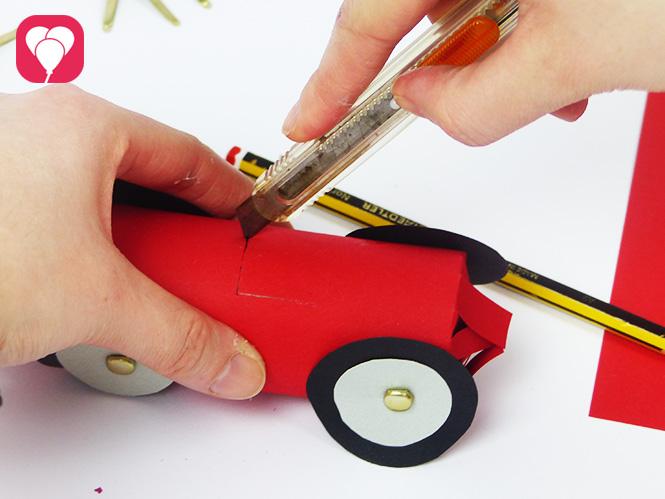 Auto Give Away - Sitz einschneiden