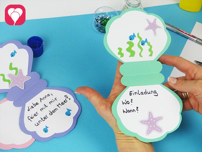 DIY Muschel Einladung mit Stickern verzieren