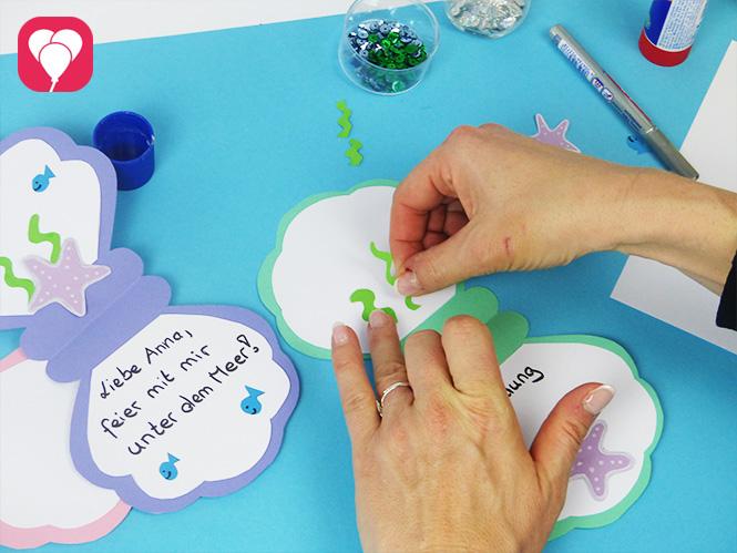 DIY Muschel Einladungskarte mit süßen Stickern verzieren