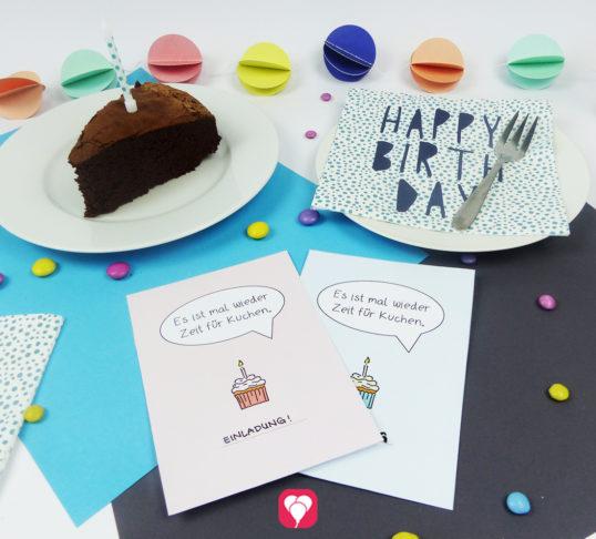 """""""Zeit für Kuchen"""" Design Postkarte als Gruß-, Einladung- oder Gutscheinkarte in Rosa & Blau"""