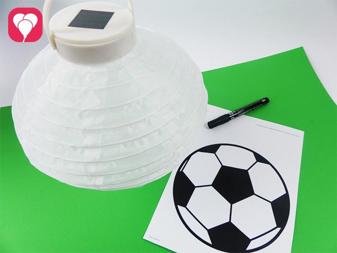 Fußball Deko - Lampion und Fußball Vorlage