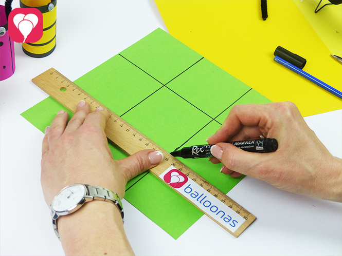 Tic Tac Toe Spiel Frühlings-Edition - Spielfeld aus Tonkarton basteln
