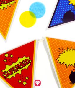 Superhelden Wimpelkette im Superhelden Geburtstagspaket