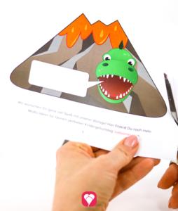 Dino Einladungskarte - Außenseite ausschneiden