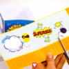 Superhelden Candy Bar Becher schneiden