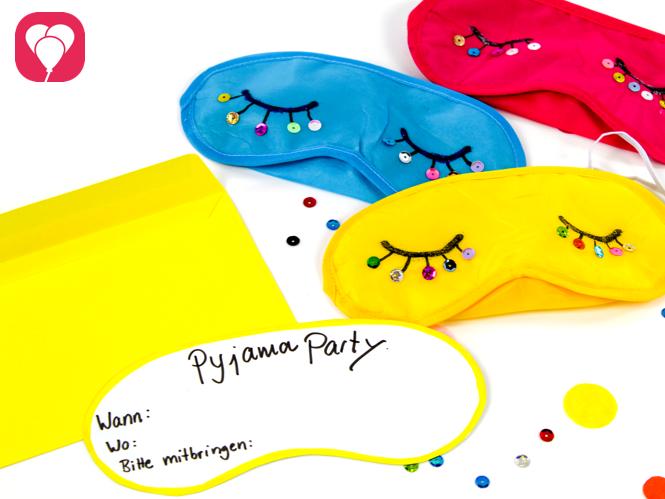 Pyjama Party Einladung in vielen Farben