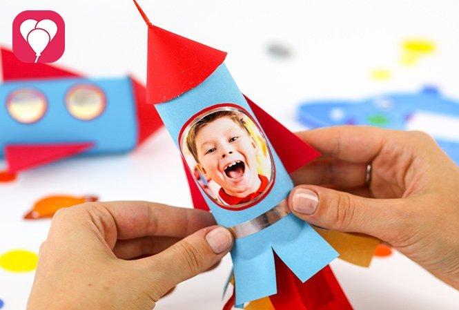 Rakete als Einladung für Deinen Weltraum Geburtstag