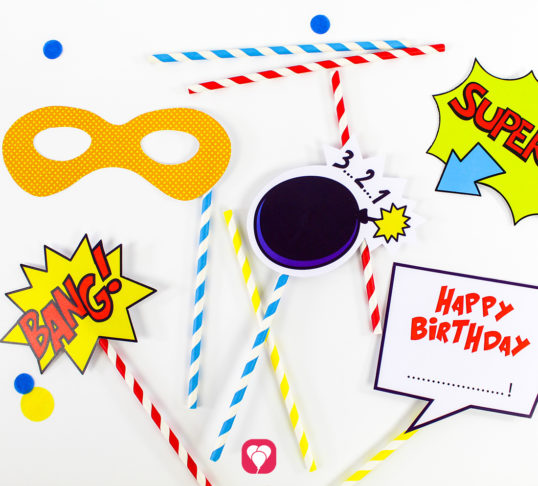 Superhero Photo Booth - balloonas