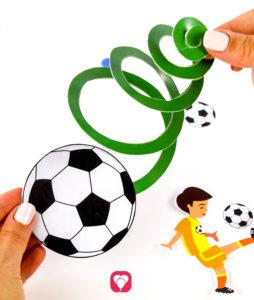 Fußball Girlande - Motiv an Spirale befestigen