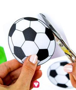 Fußball Girlande - Motive ausschneiden
