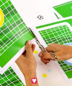 Fußball Torwand Spiel - Torwand ausschneiden