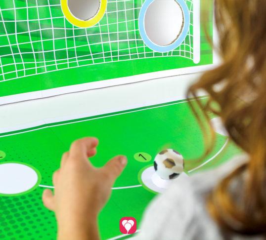 Fußball Torwand Spiel - balloonas