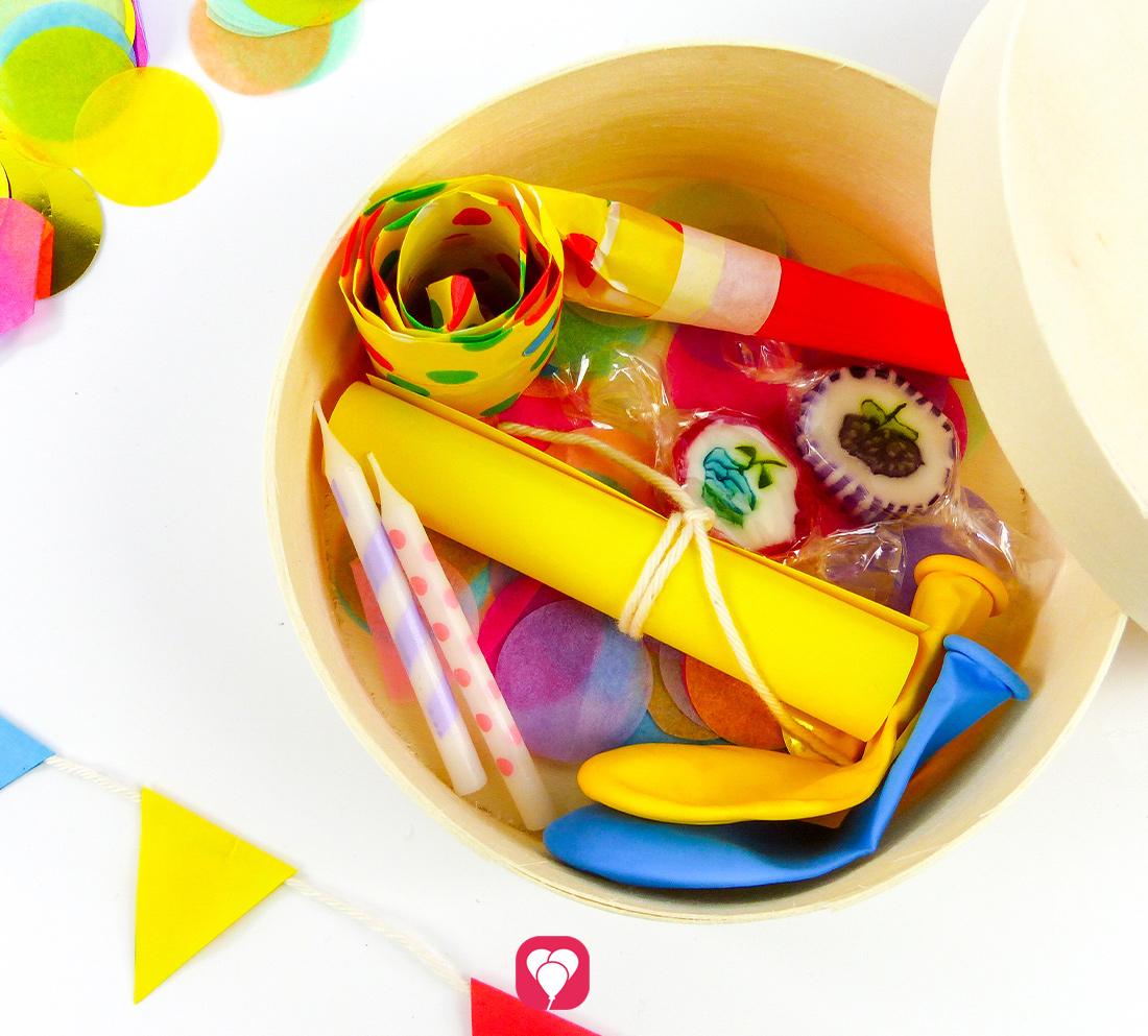 DIY Party in a Box - Einladung