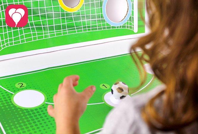 Fussball Torwand Spiel Kind