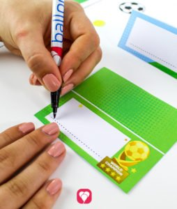 Soccer Place Cards and Straw Decor - label place cards