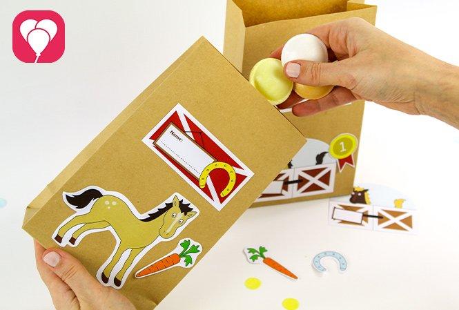 Gastgeschenke verpacken für den Kindergeburtstag - Pferde Tüten