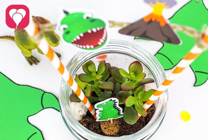 Basteln mit Kindern - Dino Glas