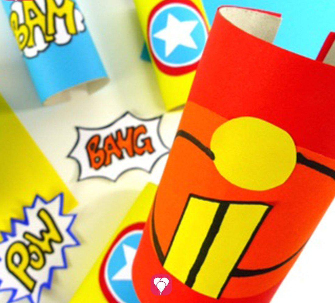 Superhelden Verkleidung aus Klorollen